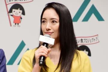 JAグループの「直売所(ファーマーズマーケット)の日」のPRイベントに出席した仲間由紀恵さん