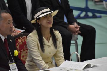 スポーツクライミングを観戦された高円宮家の長女承子さま=鉾田市当間