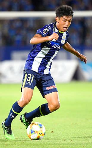 サッカーのU―17W杯日本代表に選ばれたモンテディオ山形ユースの半田陸=8月11日、天童市のNDソフトスタジアム山形