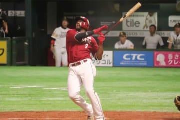 本塁打を放った楽天・オコエ瑠偉【写真:福谷佑介】
