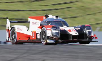 第2戦予選でポールポジションを獲得したトヨタ8号車=富士スピードウェイ
