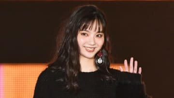 「Rakuten GirlsAward 2019 AUTUMN/WINTER」に登場した新川優愛さん