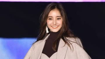 「Rakuten GirlsAward 2019 AUTUMN/WINTER」に登場した新木優子さん