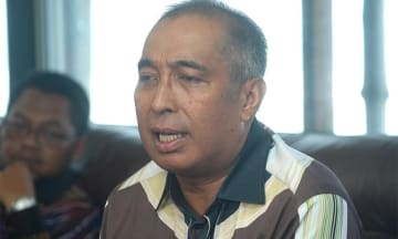 Photo: Salleh Said Keruak