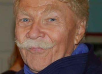 Comedian Rip Taylor Dies At 84