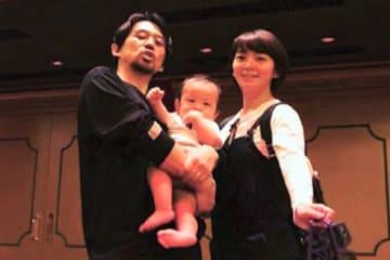 """岡田義徳、ディズニーランドで浮かれる 「親になったら絶対に…」 俳優の岡田義徳さんが、家族でディズニーランドへ訪れたことを報告し、""""浮かれている""""写真に反響が寄せられています。"""