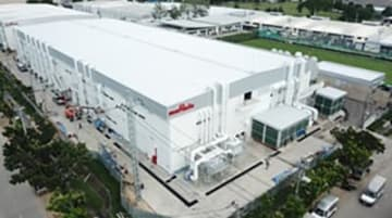 Undated photo shows Japanese electronics parts maker Murata Manufacturing Co.'s new EMI filter plant for smartphone components in Thailand. (Photo courtesy of Murata Manufacturing)
