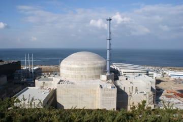 2016年10月、フランスで建設が進む欧州加圧水型炉(EPR)のフラマンビル原発(共同)
