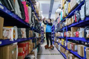 中国宅配便、18年はネット通販取引額7兆元分運ぶ
