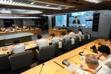 横浜地方気象台が関係機関向けに開いた台風19号の説明会=10日、県庁
