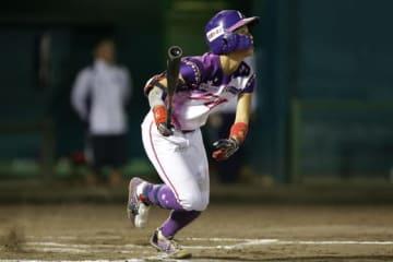 4安打の京都・厚ヶ瀬美姫【写真提供:日本女子プロ野球リーグ】