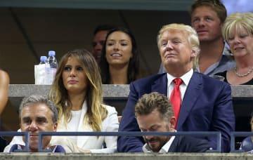 2015年全米オープンを観戦するトランプ夫妻