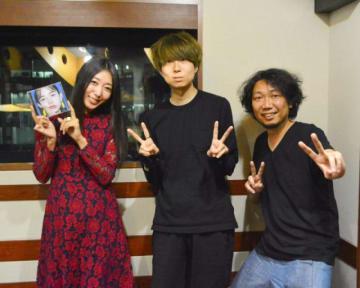 (左から)浜崎美保、川谷絵音さん、マンボウやしろ
