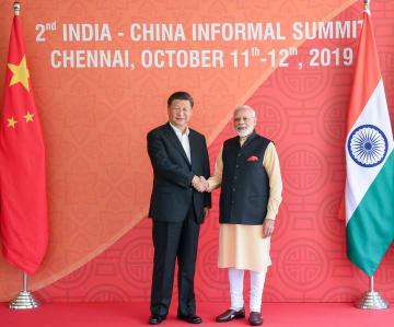 習近平主席、インド首相と引き続き会談 両国関係で6項目を提案