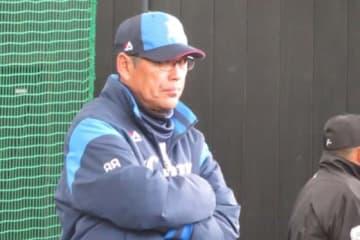 来季はコーチ契約を結ばないことが発表された西武・小野和義投手コーチ【写真:荒川祐史】