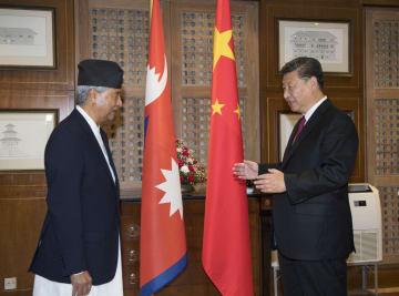 習近平主席、ネパール会議派総裁と会見