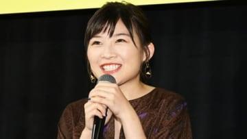 映画「生理ちゃん」の完成披露舞台あいさつに登場した伊藤沙莉さん