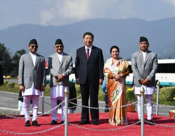 習近平主席、ネパール大統領が開いた歓送式典に出席