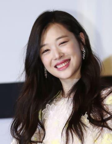 韓国の女性アイドルグループ「f(x)」の元メンバー、ソルリさん=2017年5月、ソウル(聯合=共同)