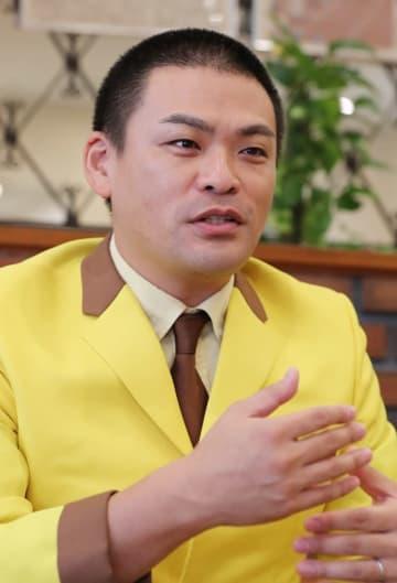 「15年間やってこれたのは、幸運と周囲の人々の支えのおかげ」と話す長崎亭キヨちゃんぽん=長崎新聞社