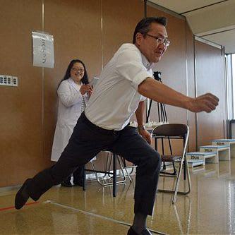 啓発型健診の本格実施に向けて弘大は県内企業で検証事業を進めてきた=今年5月、青森市のみちのく銀行本店