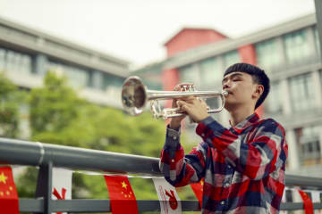 音楽が視覚障害のある生徒に光を灯す 重慶市