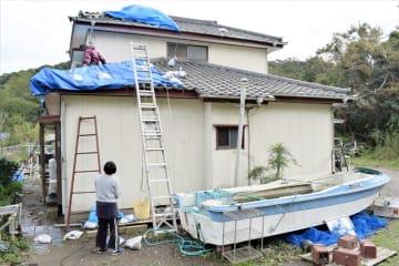 台風被災の千葉県民、大雨警戒を 18日以降は土砂災害備えも