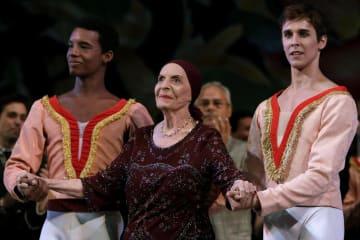 バレリーナのアロンソさんが死去 キューバ、米で活躍 画像