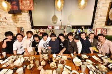 「NANA-IRO ELECTRIC TOUR 2019 アジカン×エルレ×テナーの対バンライブ」のキーカット=WOWOW提供
