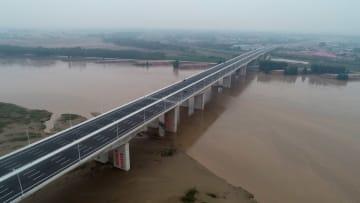 官渡黄河大橋が正式に開通 河南省