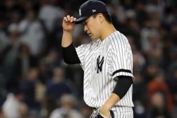 優勝決定シリーズ第4戦に先発登板したヤンキース・田中将大【写真:Getty Images】