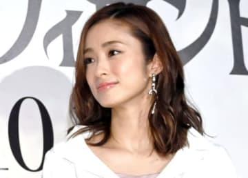 ディズニー映画「マレフィセント2」の吹き替え版完成披露試写会に登場した上戸彩さん
