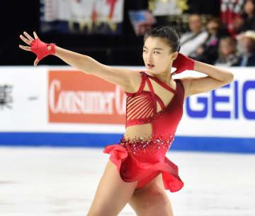 女子SPで2位につけた坂本花織の演技=ラスベガス(共同)