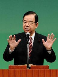 「野党共闘が必要」と訴える共産党の志位委員長=神戸市中央区楠町4