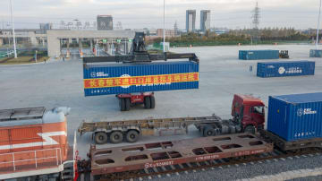 長春完成車輸入口岸が稼働 第1陣の貨物入港