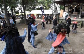 上泉の獅子舞優雅に 諏訪神社で奉納 前橋の重要無形民俗文化財