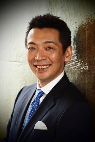 宮根誠司:橋本マナミと今年の「ベストヒット歌謡祭」司会に 歌手たちとスクラム組み「トライ」