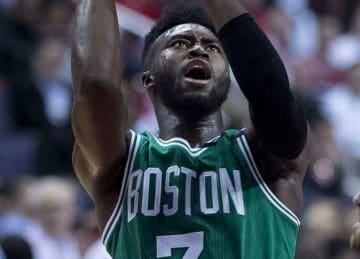 Celtics' Jaylen Brown injures head/neck vs. Timberwolves