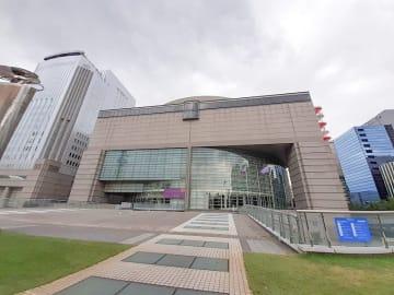 名古屋市の愛知芸術文化センター
